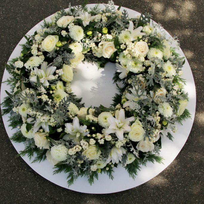 Blütenkranz Trauerkranz