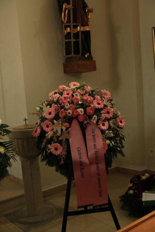 Trauerkranz in rosa